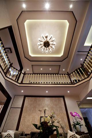 中式别墅装修客厅吊顶图片