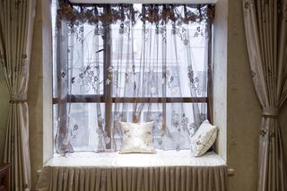 中式别墅装修飘窗设计