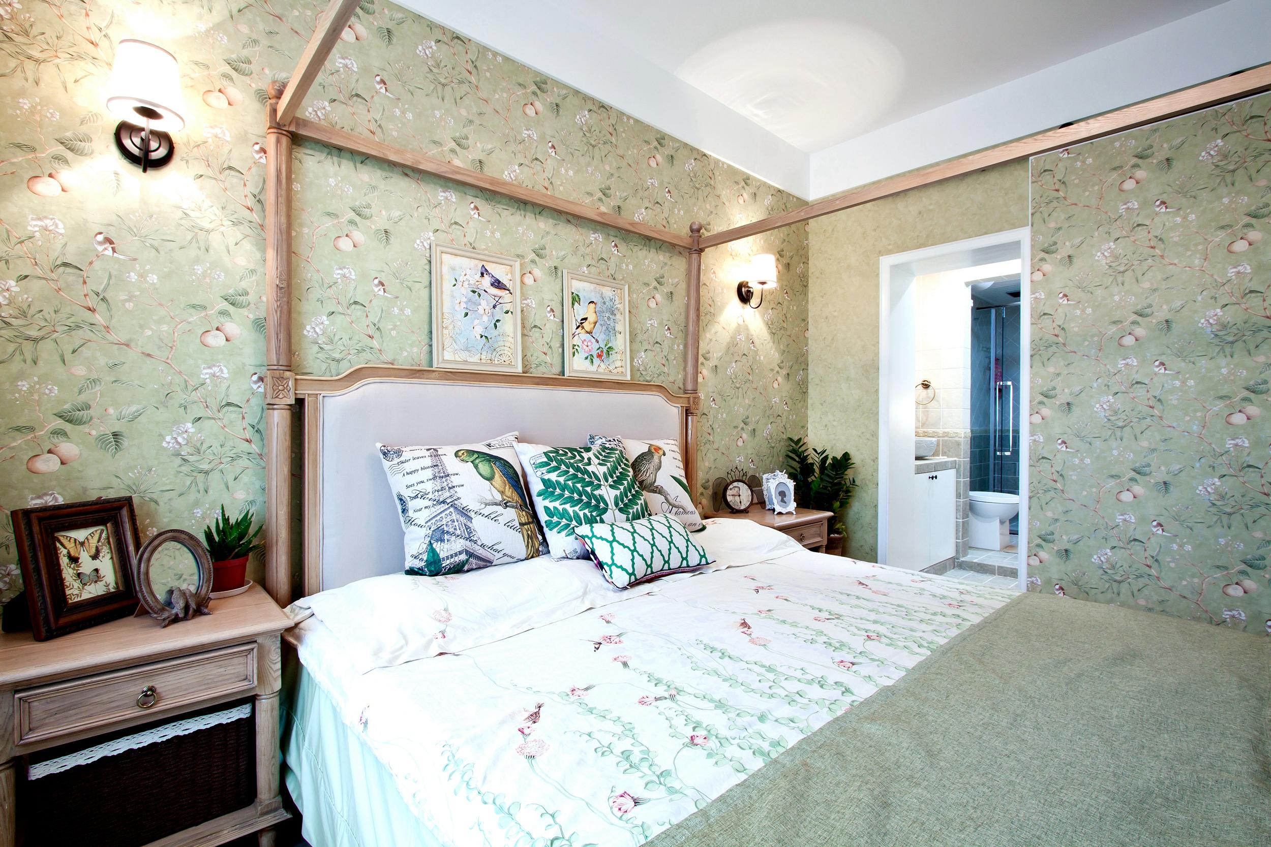 大户型美式装修卧室背景墙图片
