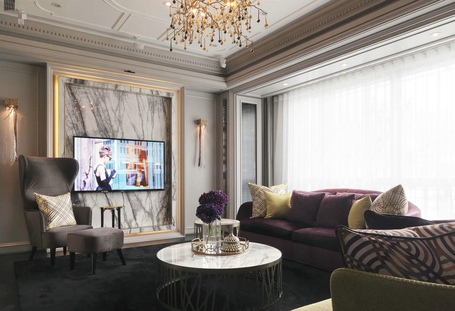 130平现代欧式装修电视背景墙图片