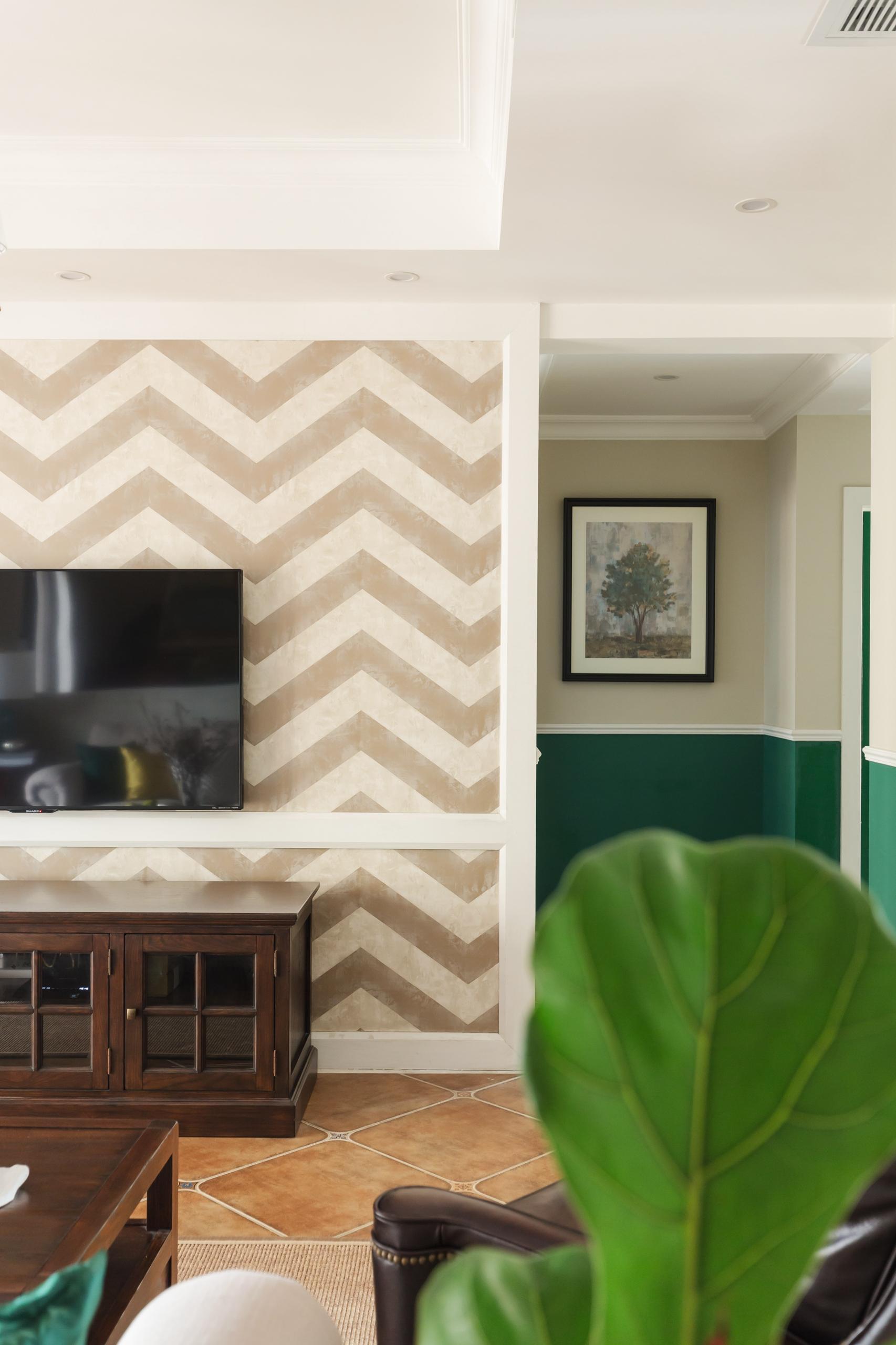130平美式风格家电视背景墙图片