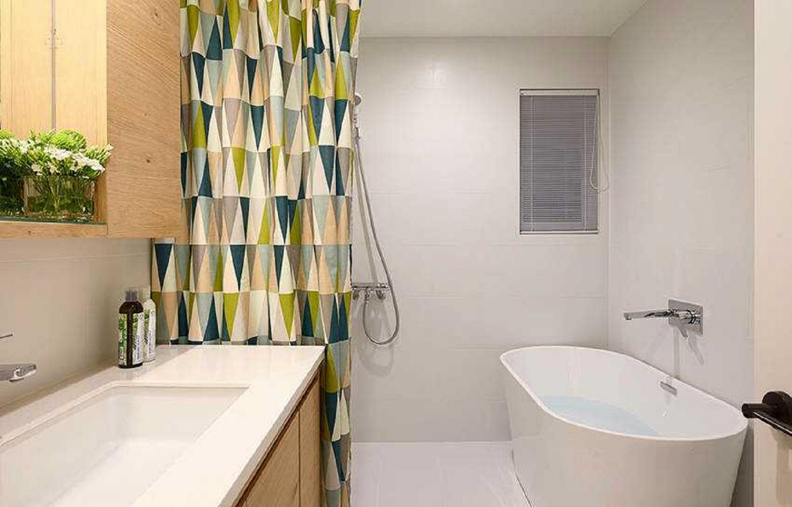 三居室北欧风卫生间设计图