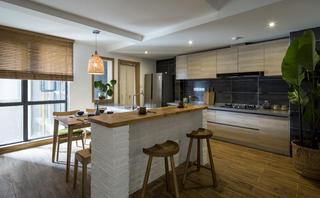 100平北欧二居餐厅吧台设计
