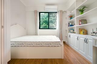 三居室现代美式家主卧效果图