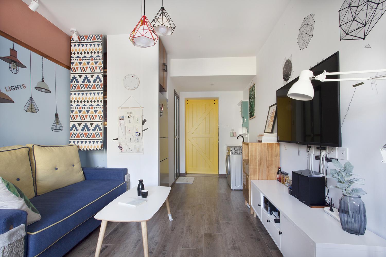50平混搭空间设计地板铺贴图片