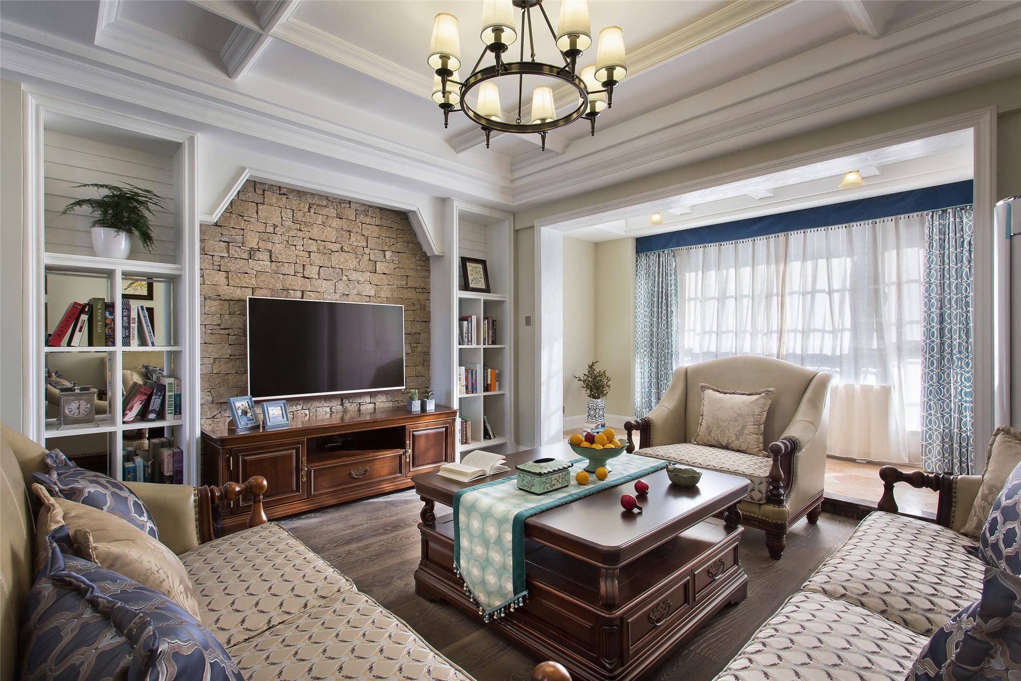 130平美式装修客厅效果图