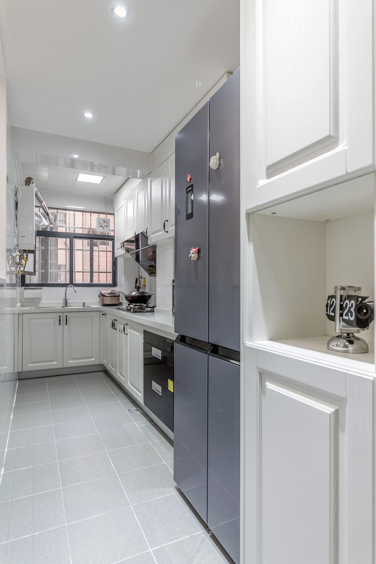 简约实用三房装修厨房设计图