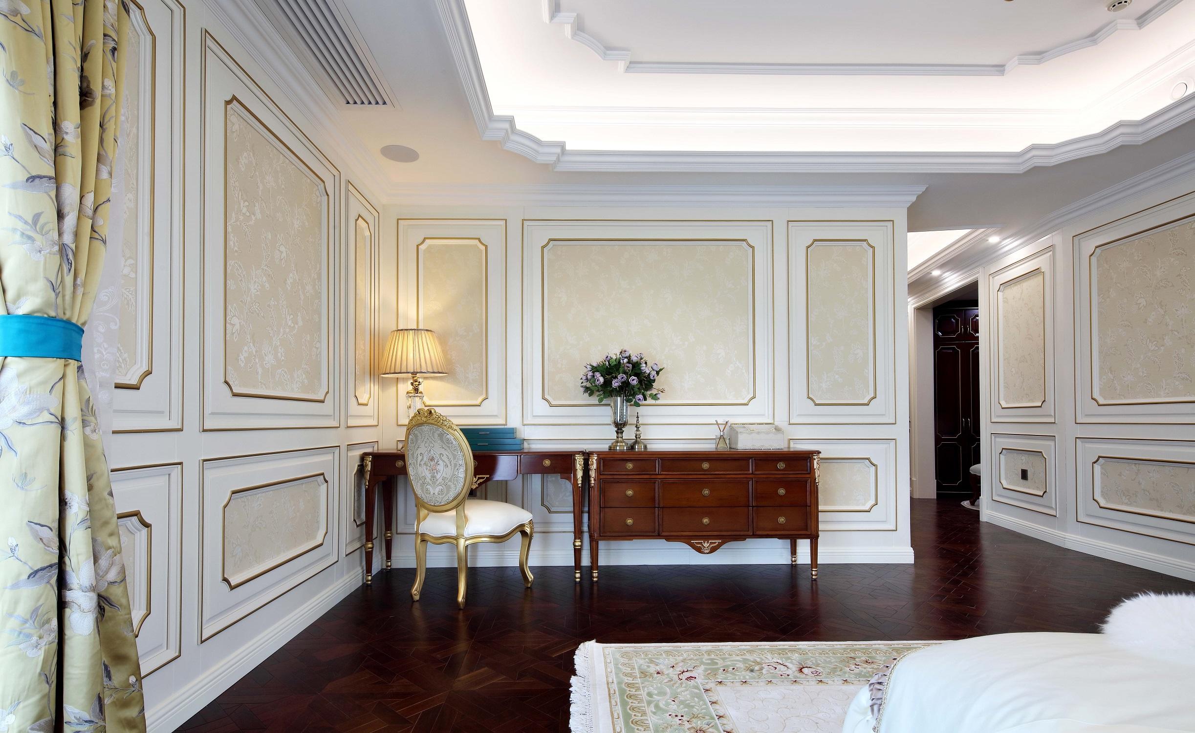 大户型法式装修卧室背景墙图片