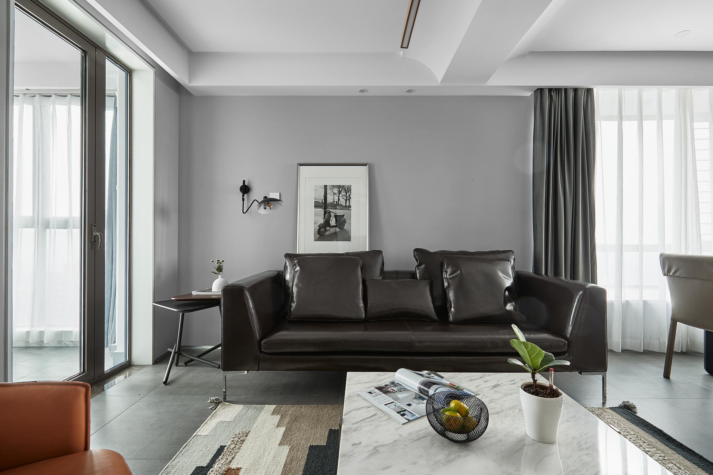 简约三居室装修沙发背景墙图片