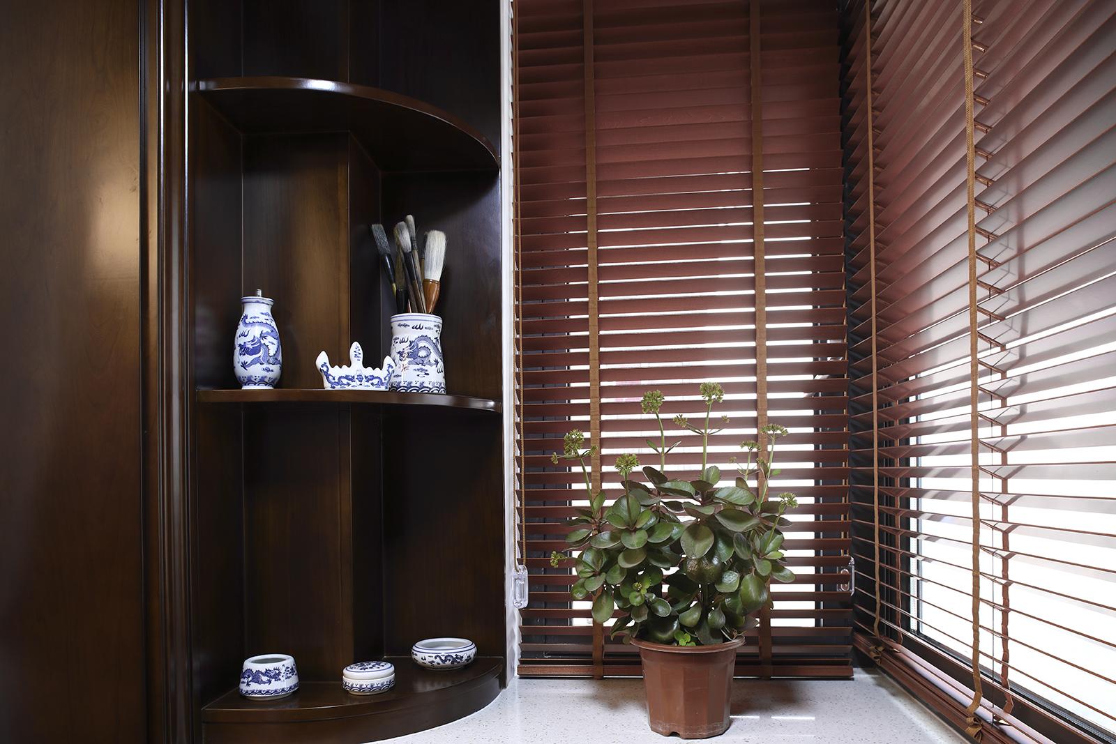 老上海复古海派风装修客厅墙角装饰