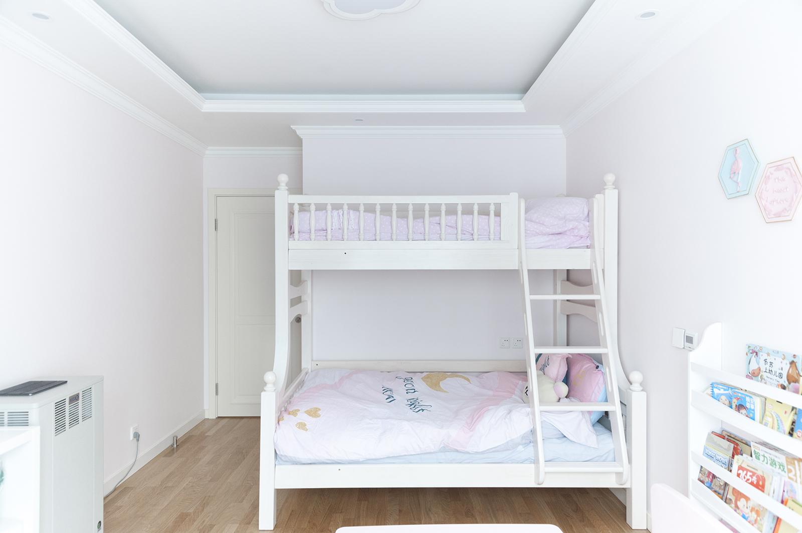 二居室美式风格家儿童床图片