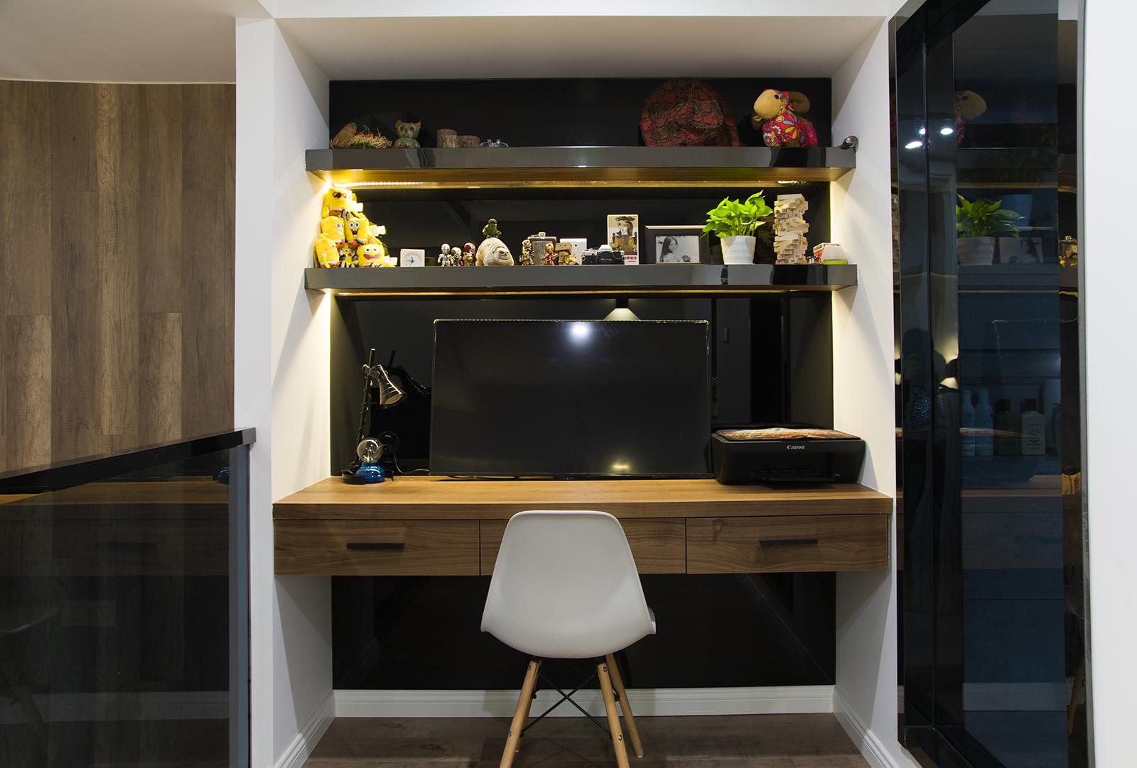 酒店式公寓装修书桌图片