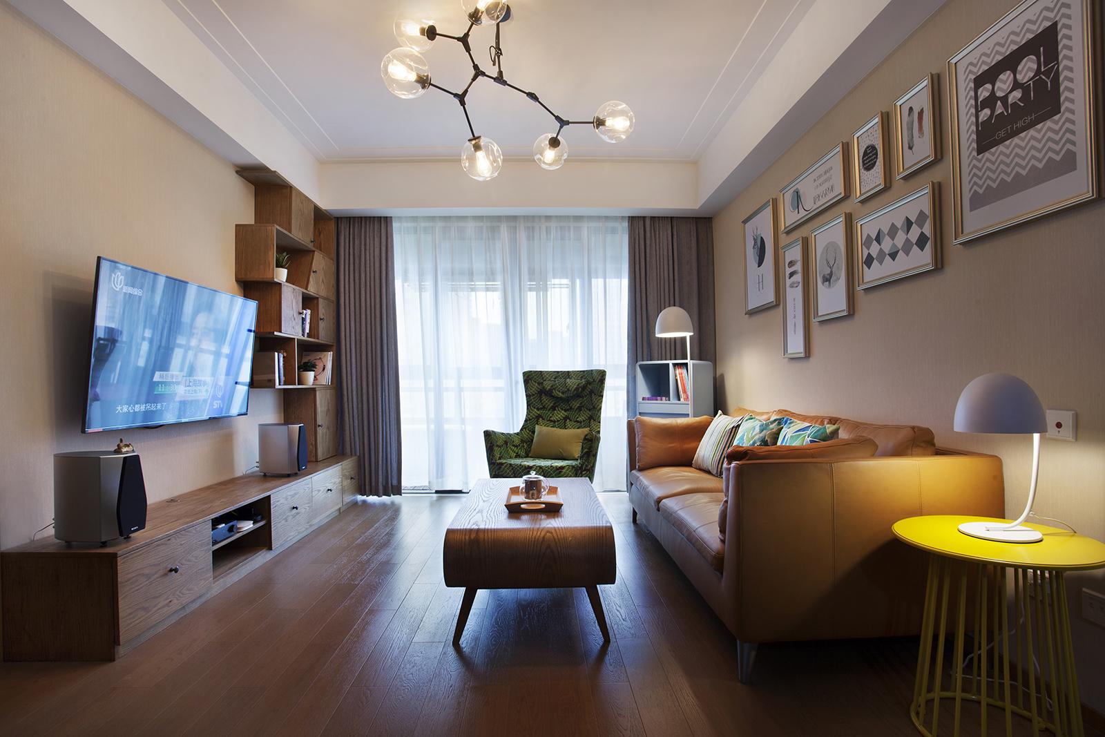 90㎡三居室装修客厅效果图