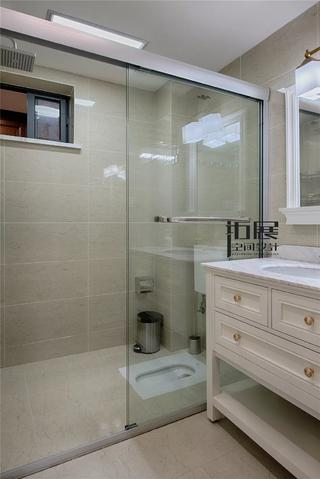 新古典美式四居卫生间装修效果图