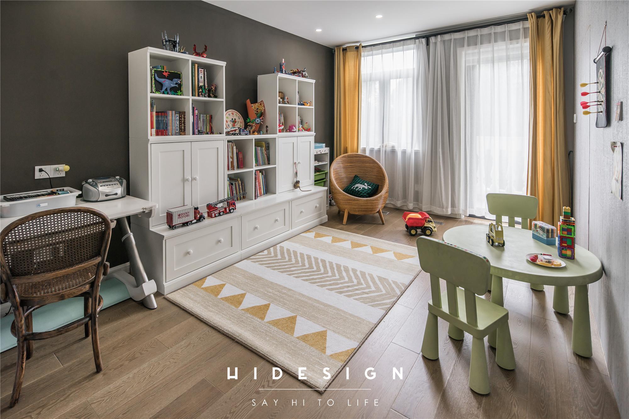 混搭风格别墅儿童活动室装修效果图