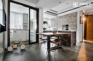 150平米三居室餐厅每日首存送20