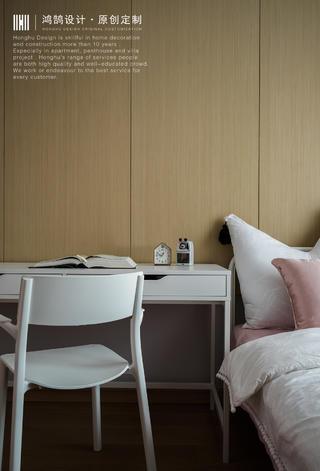 大户型复式装修床头书桌设计