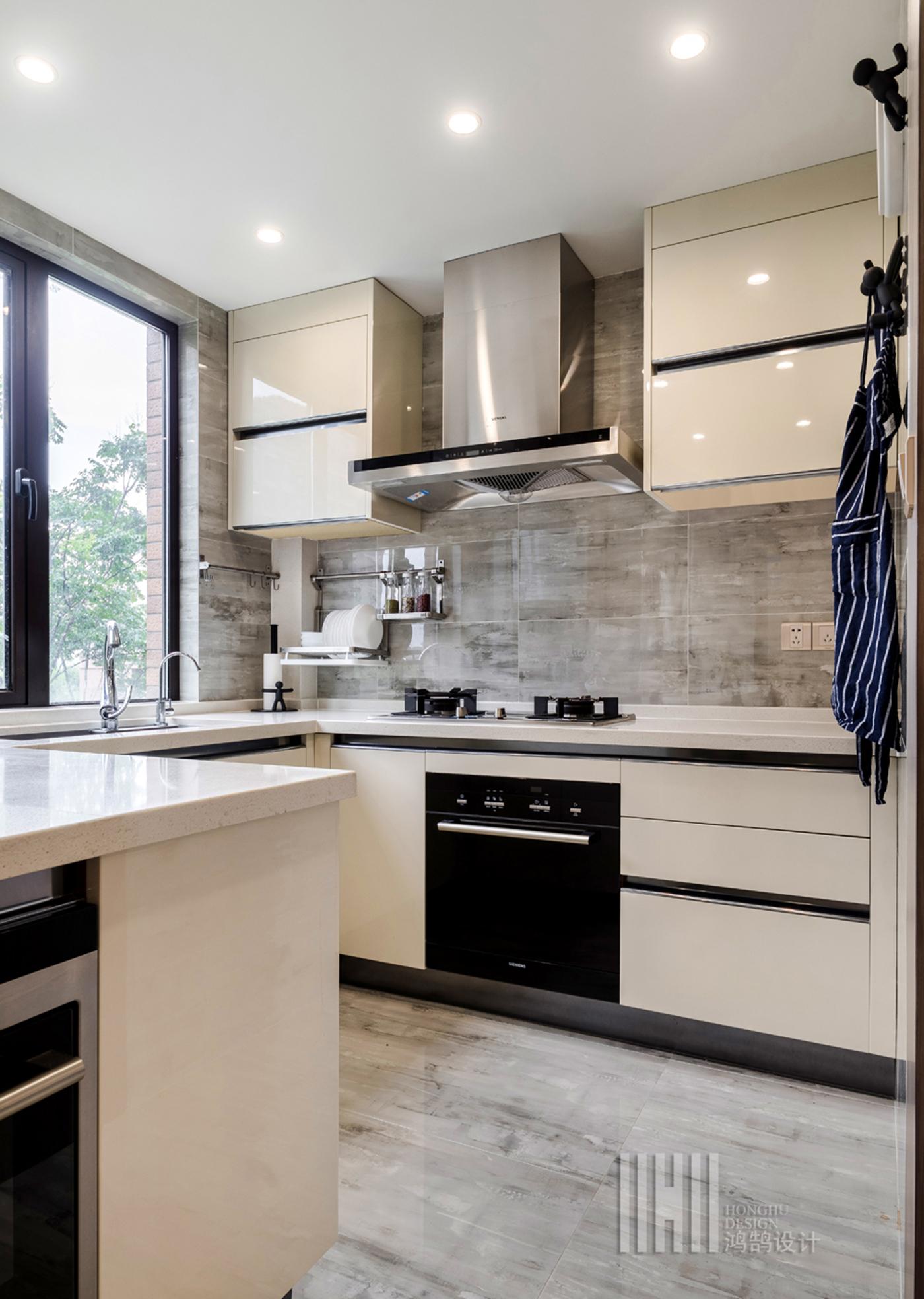 114平现代简约厨房装修效果图