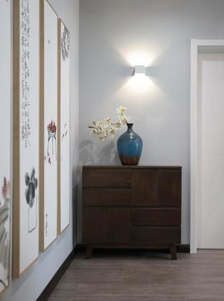 130㎡三居室玄关装修效果图