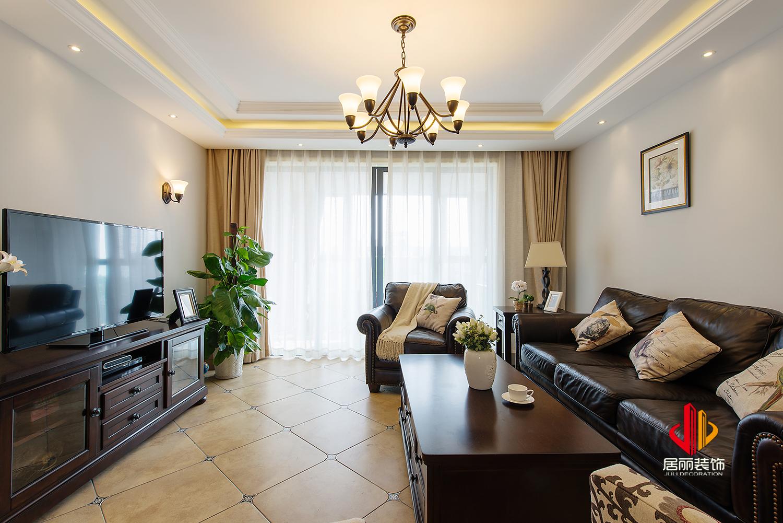 美式风格三居室客厅装修效果图
