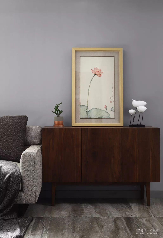 现代风格二居室装修边柜设计
