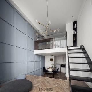 30㎡小户型公寓装修地台楼梯设计