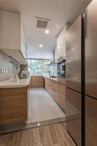 140平现代风厨房装修效果图