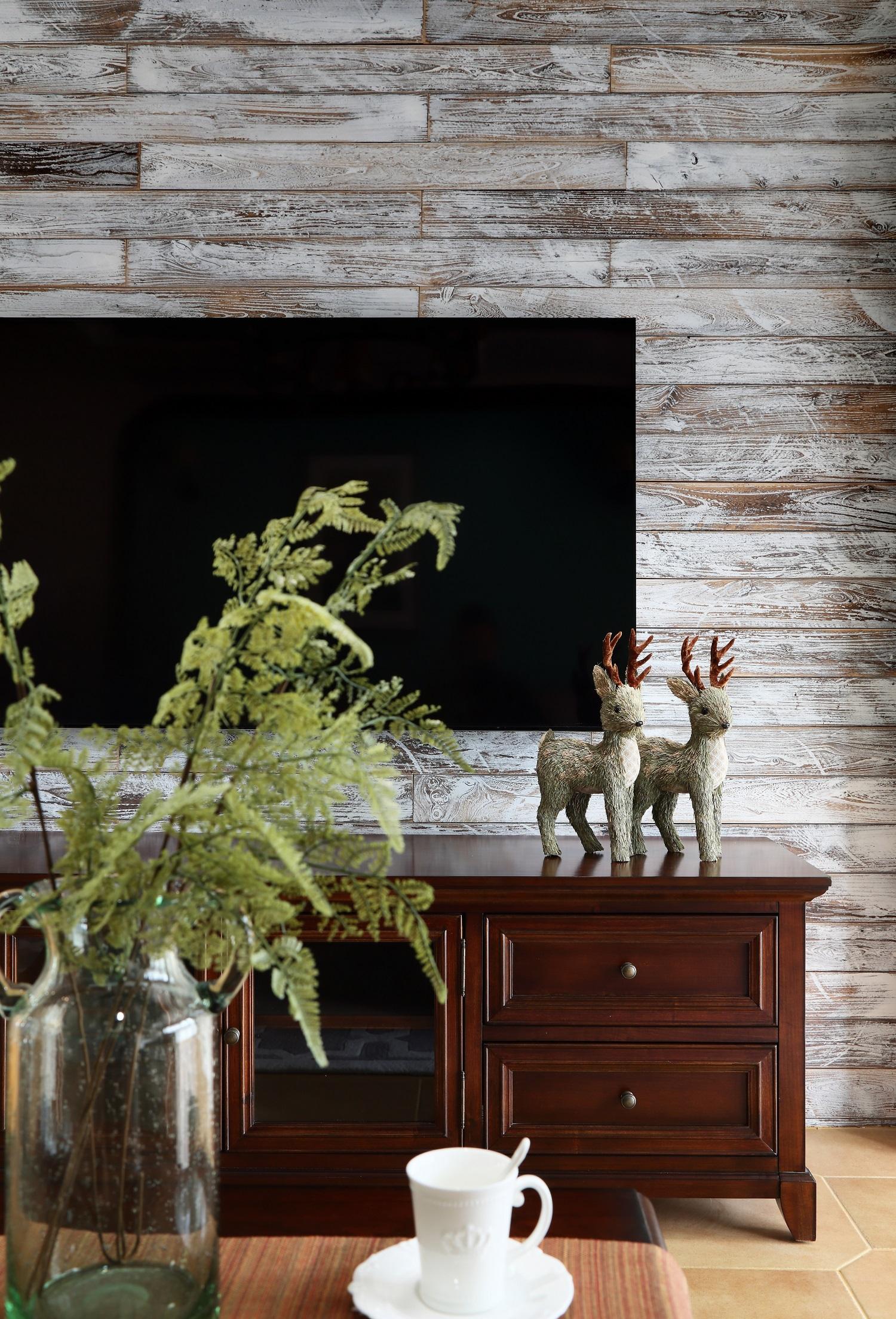 复式美式风格电视背景墙装修效果图