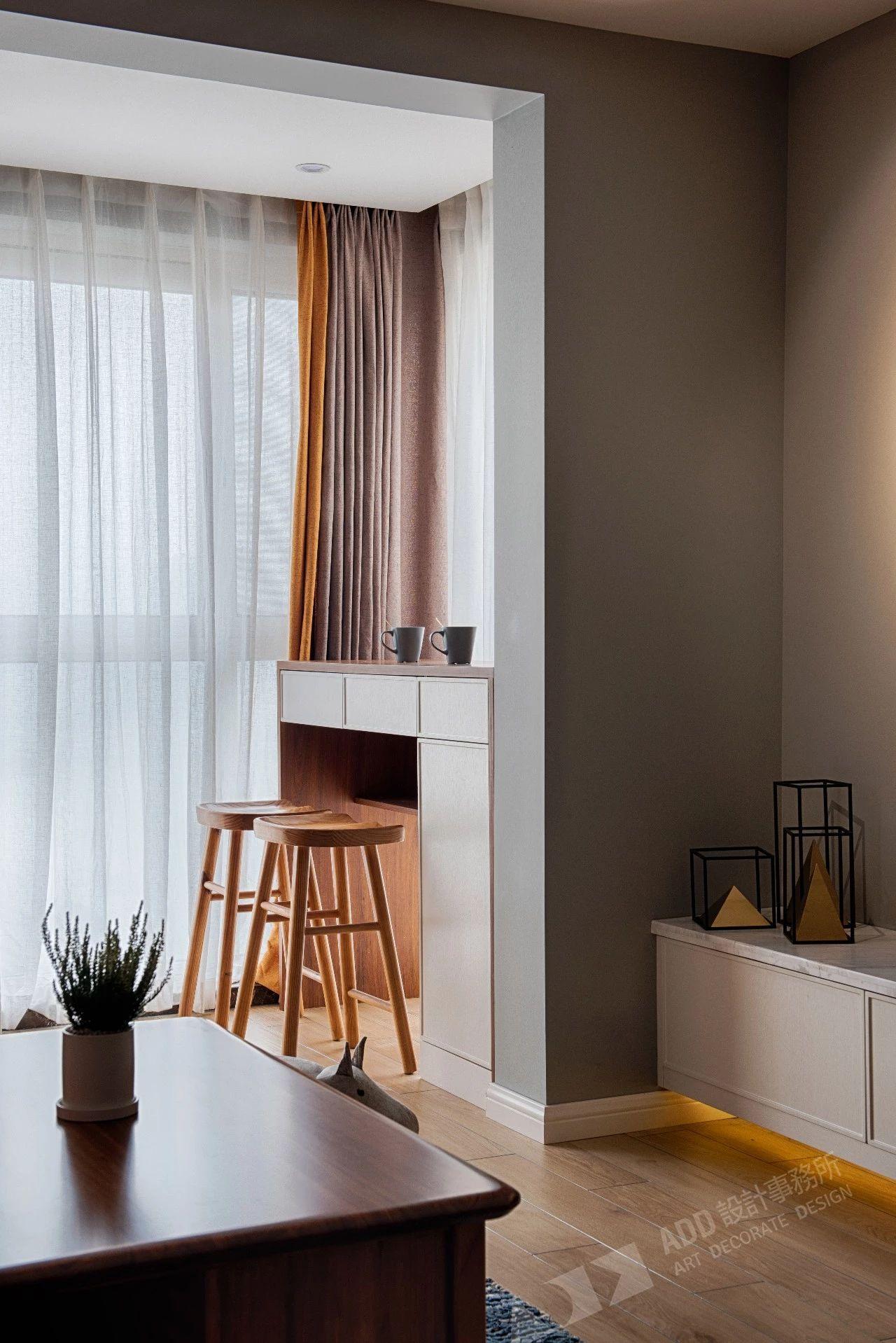 北欧风格二居室装修阳台吧台设计