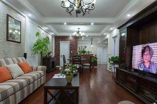 美式风三居室客厅装修效果图