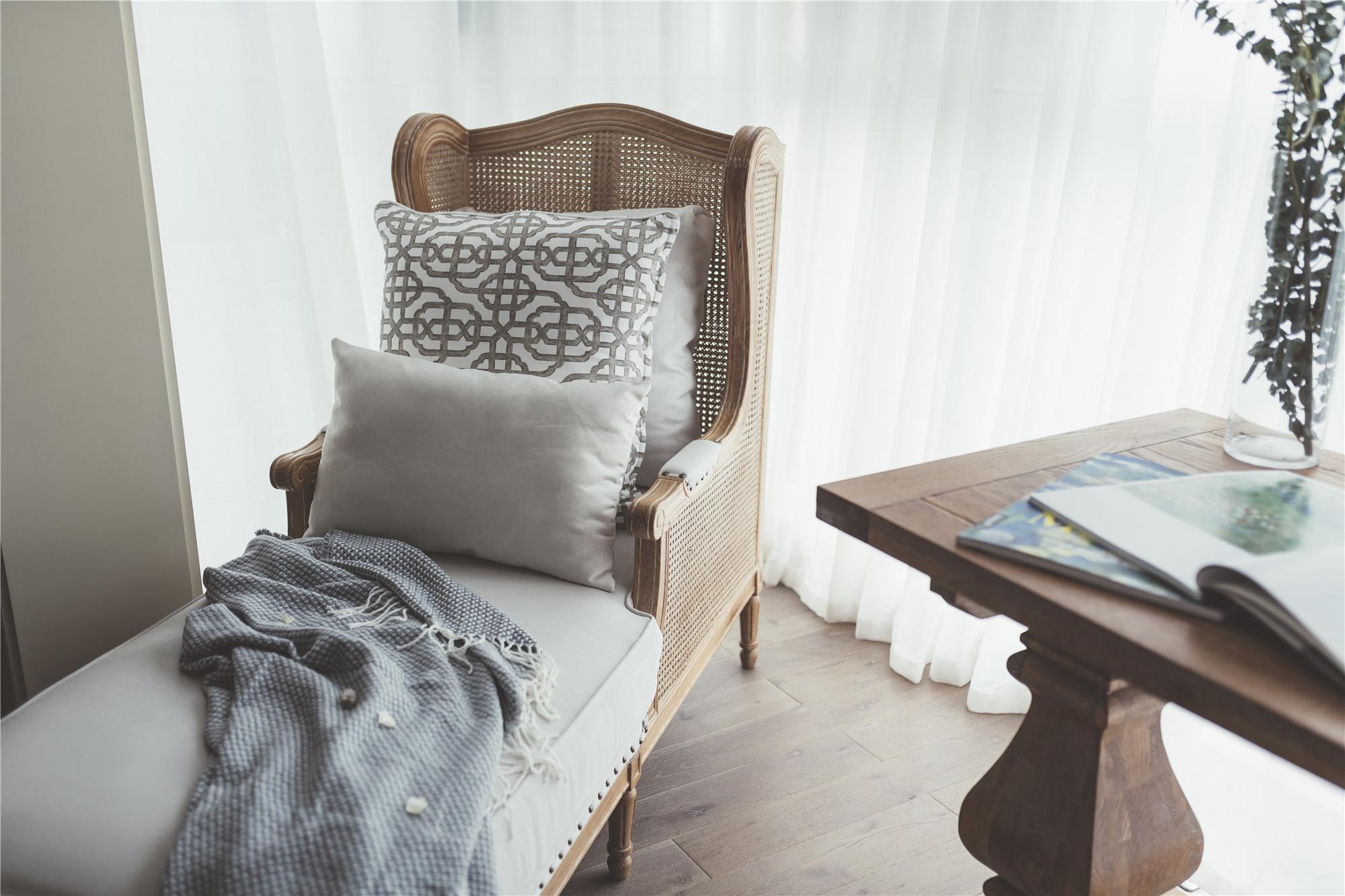 110㎡休闲法式风装修休闲躺椅设计