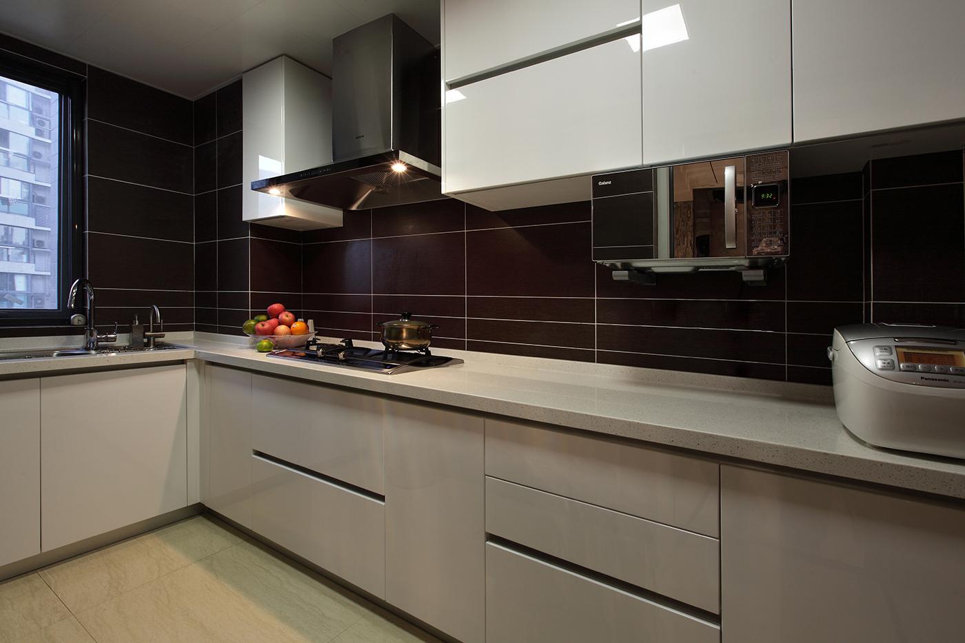 140㎡现代简约厨房装修效果图