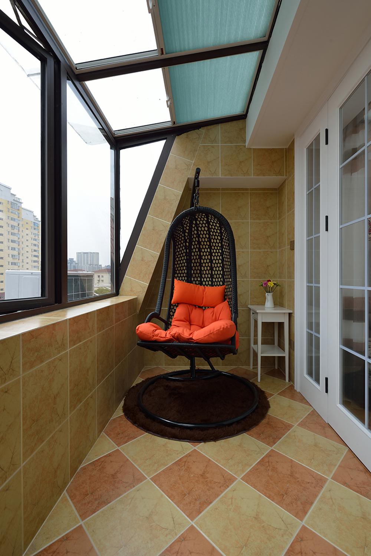 美式风格二居阳台装修效果图