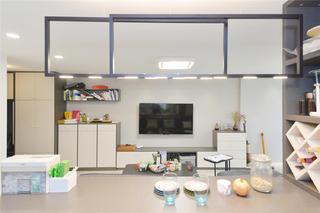 现代简约风格三居装修吧台吊灯设计