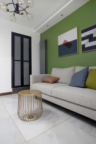 60平小户型两居装修茶几沙发设计