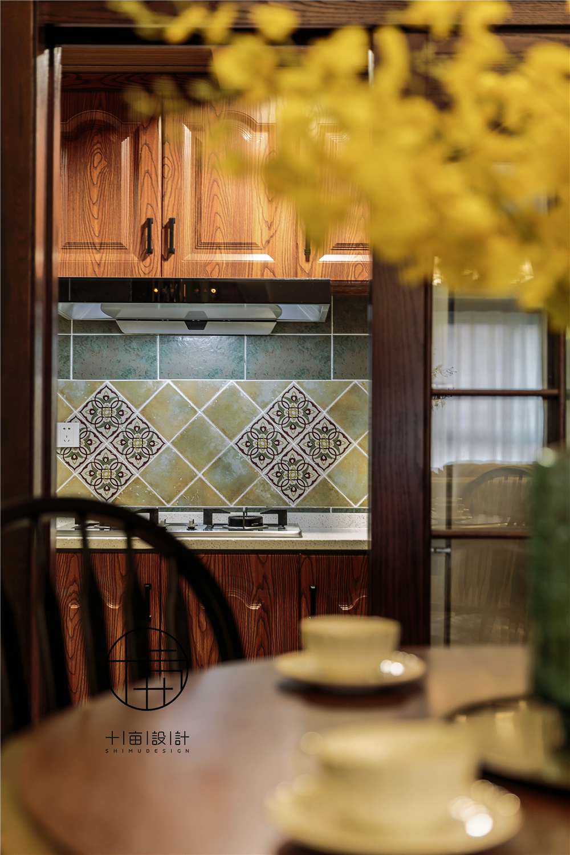 美式风格三居装修厨房小景
