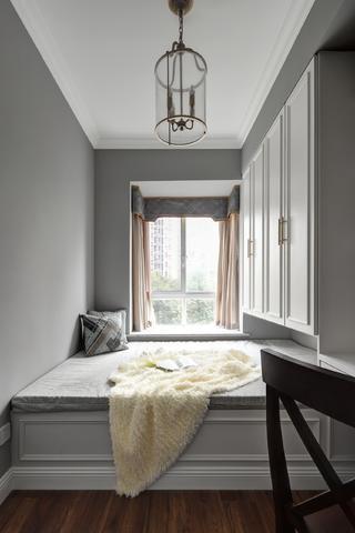 现代美式三居室榻榻米房装修效果图