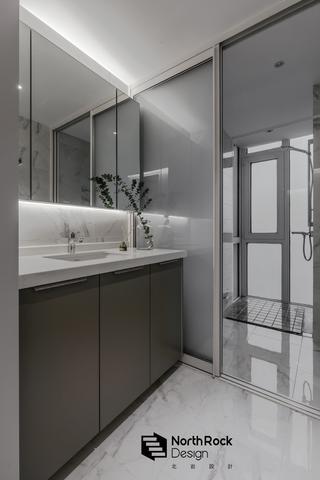 110㎡二居室卫生间装修效果图