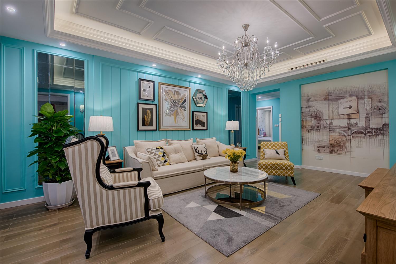 美式混搭三居室客厅吊顶装修效果图