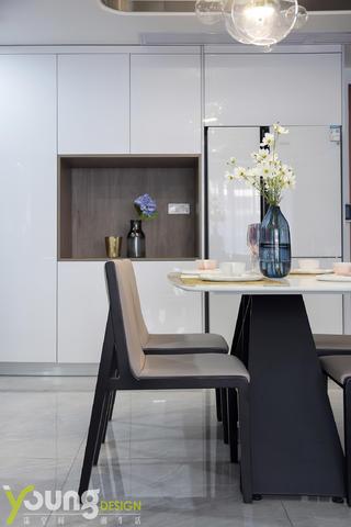 120㎡现代轻奢风装修餐桌椅设计图