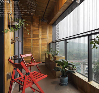 混搭风格三居室阳台装修效果图