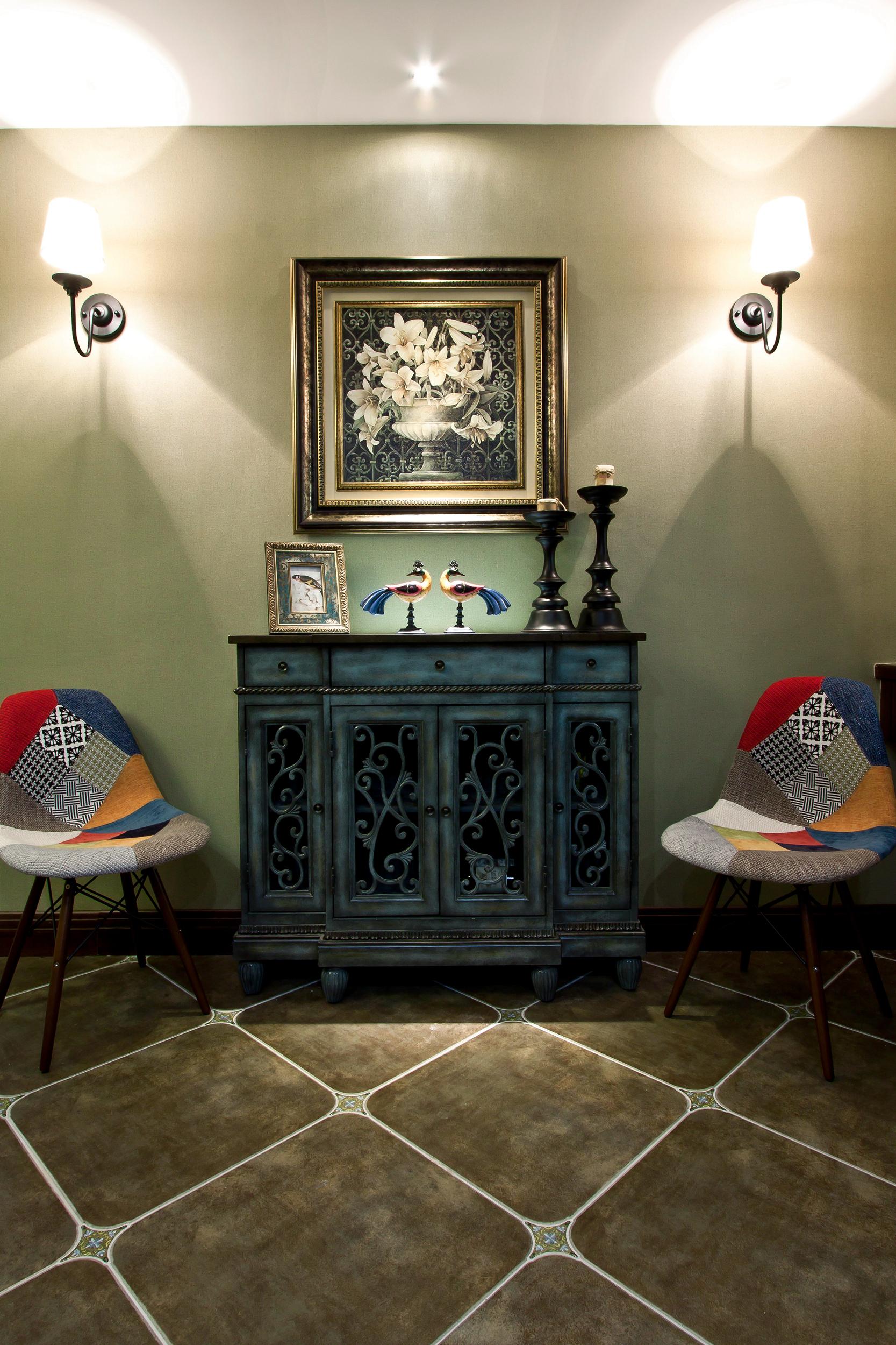 100平美式风格装修餐边柜图片