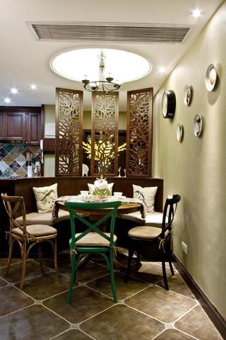 100平美式风格装修餐厅卡座设计