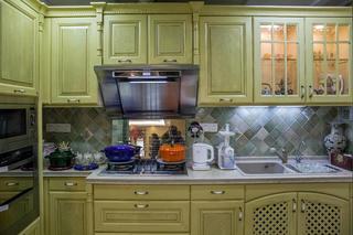 田园公寓装修厨房设计图