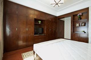110㎡现代中式装修衣柜图片