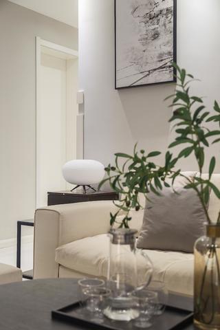 三居室现代简约之家装饰摆件