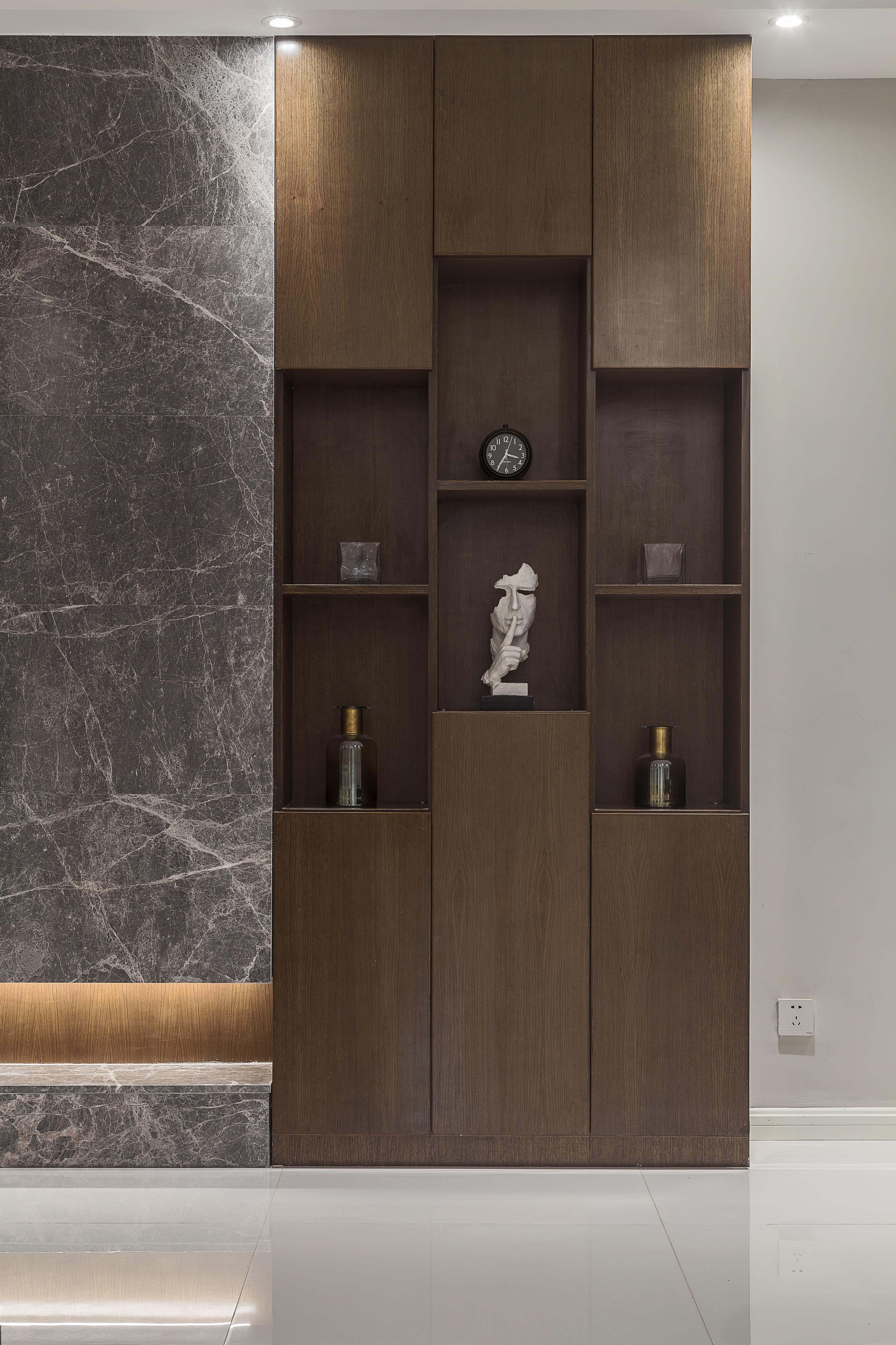 三居室现代简约之家木作柜图片
