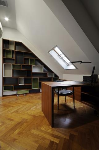 现代简约复式装修书房设计图