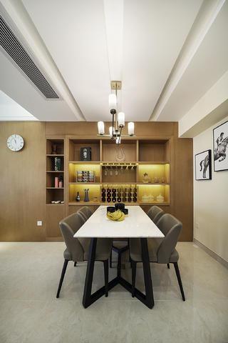三居室现代风格装修餐边柜图片