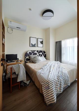 三居室现代风格装修卧室欣赏图